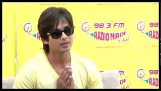 Shahid Kapoor on his Upcoming Movie - Mausam - at Radio Mirchi