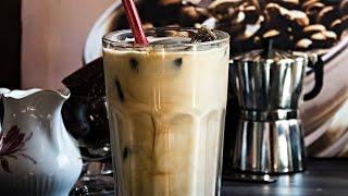 VANILLA ICED MOCHA WITH COFFEE ICE CUBES