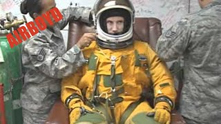 The Anatomy Of A U-2 Space Suit