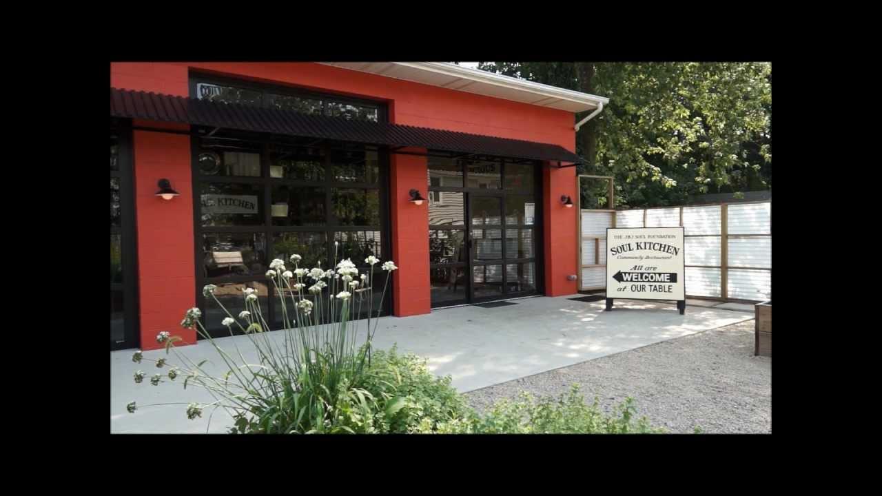Glass garage doors restaurant - Arm R Lite Garage Door At Jon Bon Jovi S Soul Kitchen