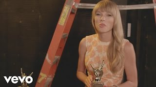 Taylor Swift - #VevoCertified, Pt. 1: Award Presentation