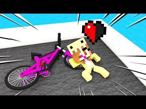 MIA FIGLIA È CADUTA DALLA BICI!! - Casa Di Minecraft #61