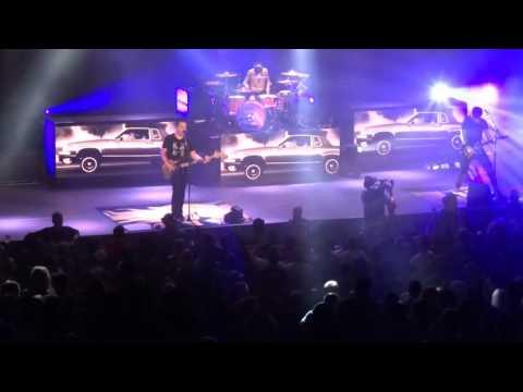 "blink-182---""los-angeles""-(live-in-irvine-9-29-16)"