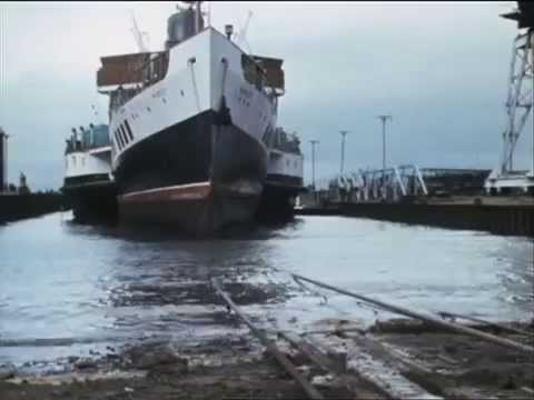 Paddle Steamer Waverley 1975