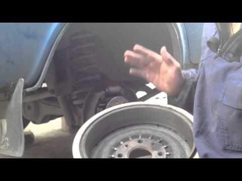 Как снять прикипевший  тормозной барабан ваз 2106