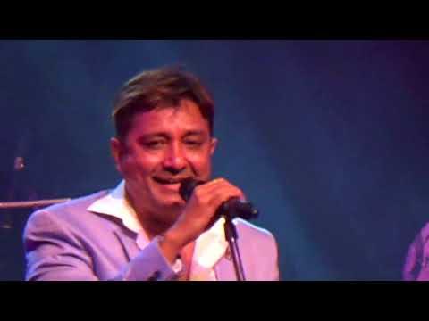 "Sukhwinder Singh singing ""Chaiyya Chaiyya"" LIVE"