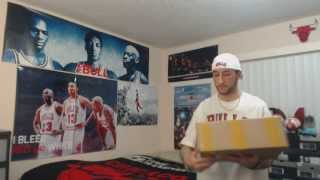 Unboxing: Air Jordan XI (11) Retro Concord, December 23, 2011 Release + More (1080p)