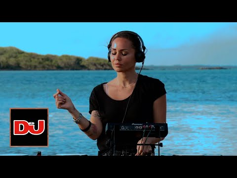 DEBORAH DE LUCA Live From Mauritius Island