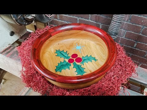 Woodturning a Christmas Bowl with Resin a Segmented Ring