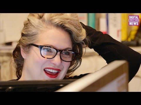 """Nathalie Baylaucq, 25 ans de graphisme, de la presse au """"papier vivant"""""""