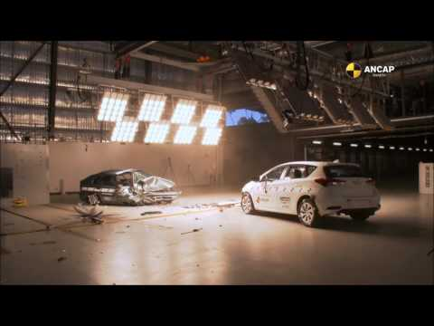ANCAP CAR-TO-CAR CRASH TEST: 1998 Toyota Corolla vs. 2015 Toyota Corolla