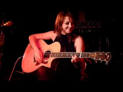 Annett Louisan - Auf Dich hab ich gewartet - Live @ Quasimodo, Clubkonzert, Berlin 03.03.2011