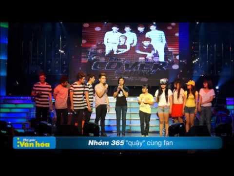 """365 """"hôn"""" nhau trên sân khấu (Live The Cover Show)"""