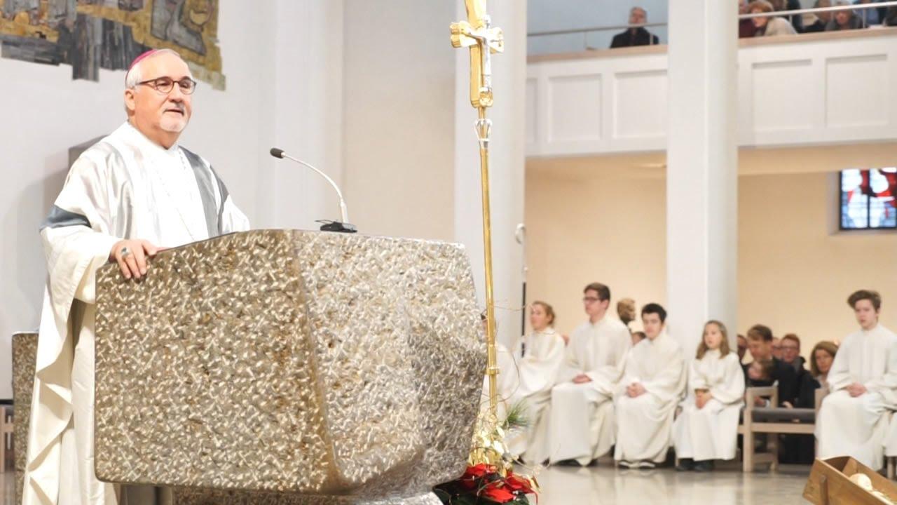 Weihnachtspredigt 2015 von Bischof Gebhard Fürst aus Stuttgart - YouTube