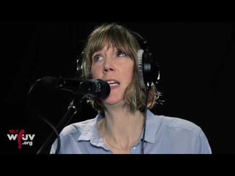"Beth Orton - ""Moon"" (Live at WFUV)"