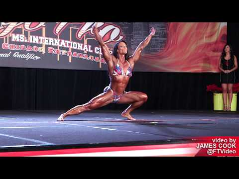 2019 Chicago Pro Female Bodybuilders: EVENING SHOW
