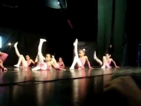 Stillus Cia de Dança - Barbie Girls