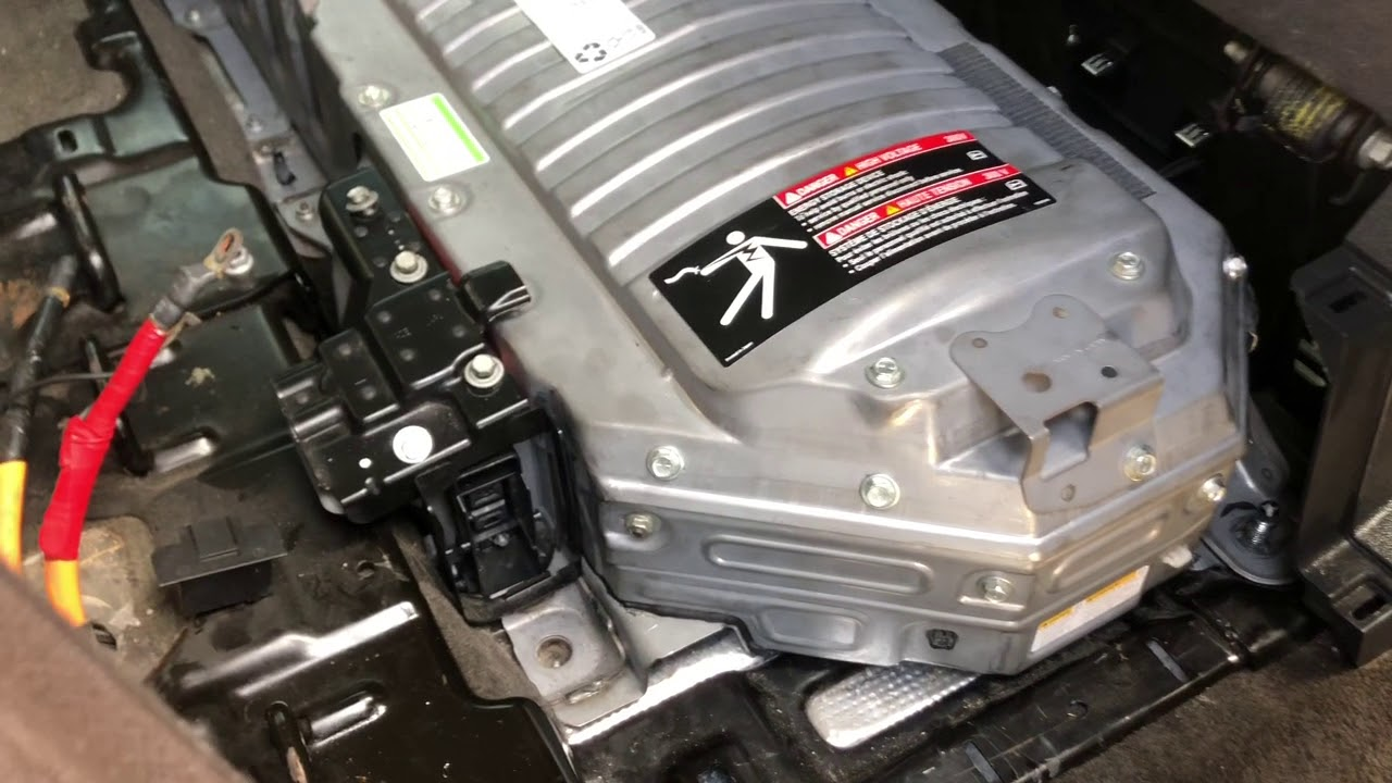 2008 Chevy Tahoe Hybrid Battery Removal Youtube