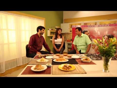 Parineeti Chopra & Aditya Roy Kapur meet Sanjeev Kapoor