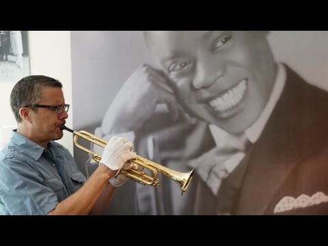 Tony Guerrero playing Louis Armstrong's trumpets