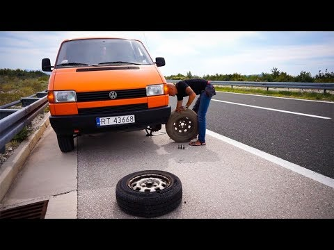 FLAT TIRE on the Motorway // Van Life in Croatia