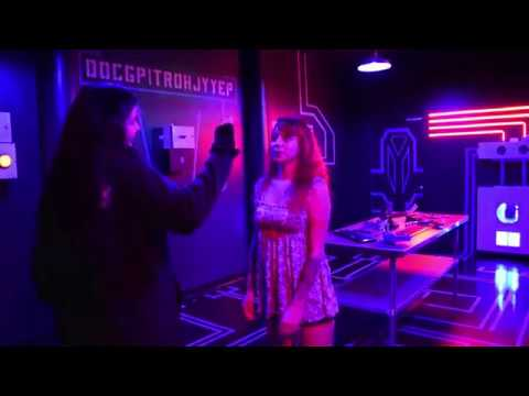 Leema Lee Defeats A.I. (artificial intelligence) Escape Room