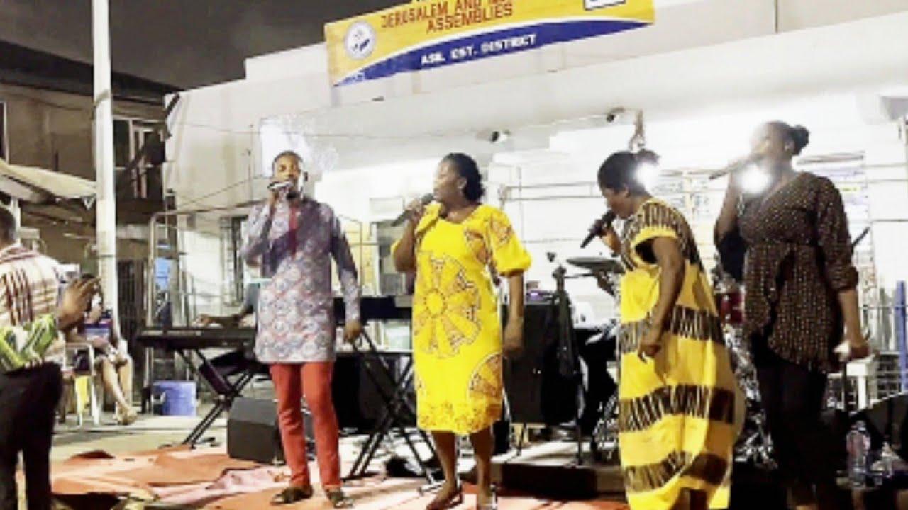 Powerful GA Pentecostal Praise led by Dcns. Jane Quaye | Jesus is coming Evangelism Team