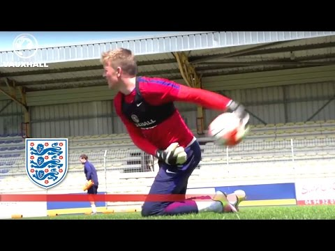 England U21 Goalkeepers Tested In Toulon | Inside Training