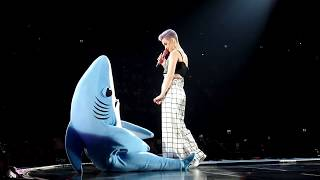 katy perry – talking with left shark live ziggo dome amsterdam 26 may 2018