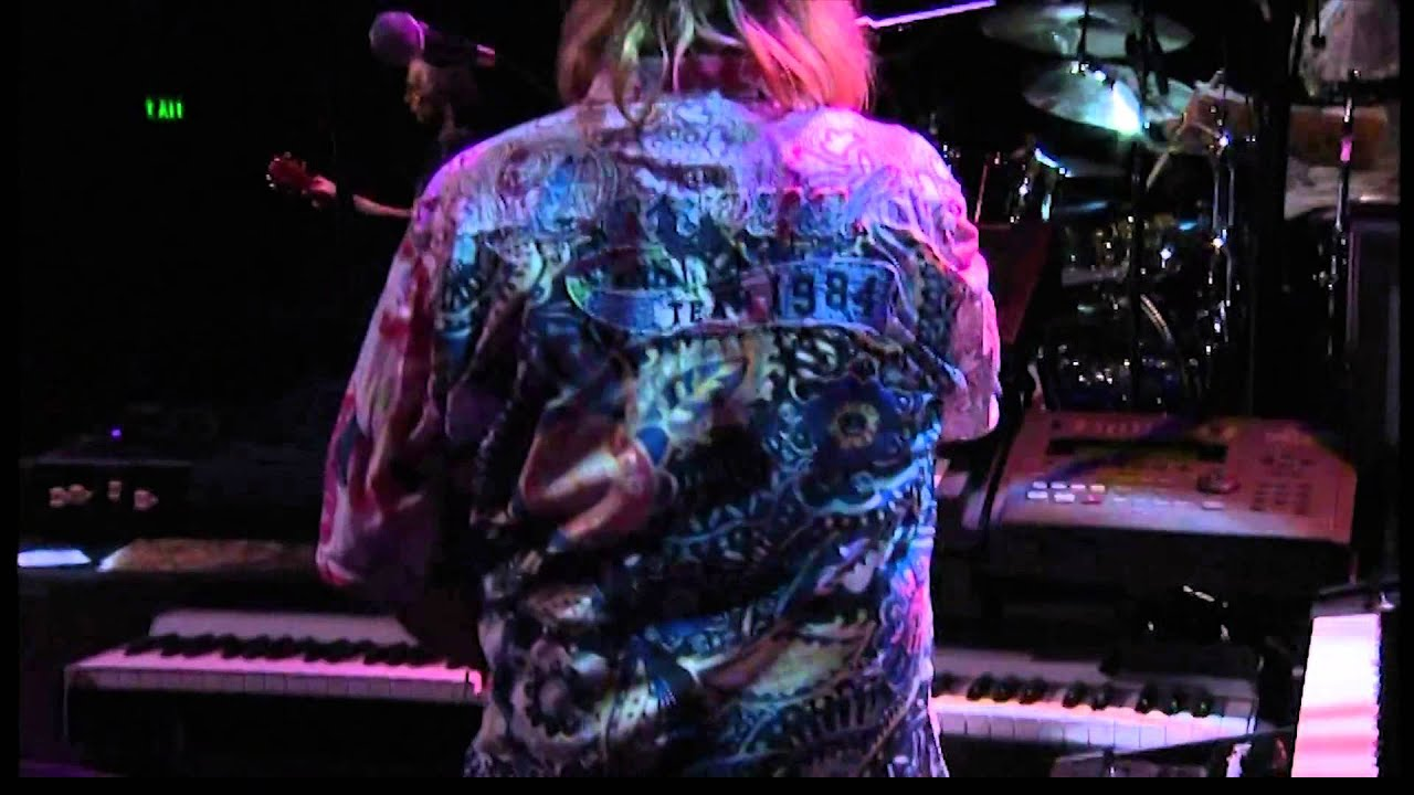 asia-here-comes-the-feeling-taken-from-the-live-album-axis-xxx-live-in-san-francisco-mmxii-frontiers-music-srl