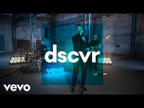 Loïc Nottet - Mud Blood - Vevo dscvr (Live)