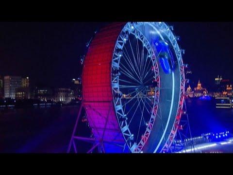 UK stunt driver's performance in biggest looped track amazes Shanghai spectators
