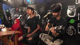 Gambar cover Ayam Den Lapeh (Acoustic)
