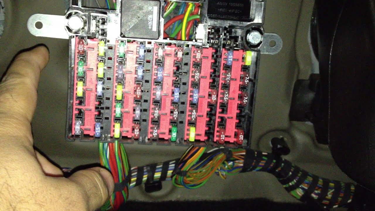 Cigarette Lighter Fuse Wiring Diagram Cat Digestive System Ford Fiesta 2002 To 2008 Youtube