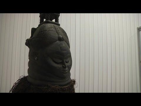 Таинственные маски и скульптуры: жители Липецка узнают о жизни в Африке