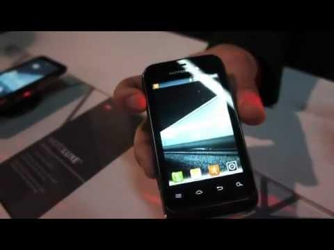 Motorola DEFY MINI [Hands-on][CES 2012][HD]