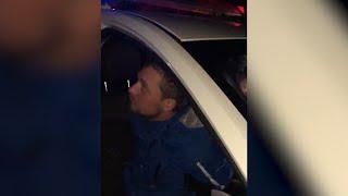 Начальник ГАИ лично отловил бухого гонщика Real video