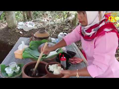 menikmati-alam-dan-makanan-tradisional-di-pasar-karetan