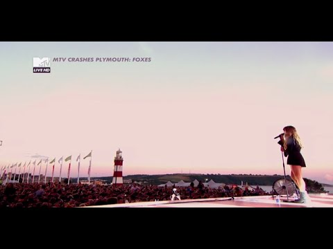 Foxes live at MTV Crashes Plymouth 2015