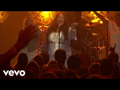 Tasha Cobbs Leonard - Fill Me Up (Live At Passion City Church)