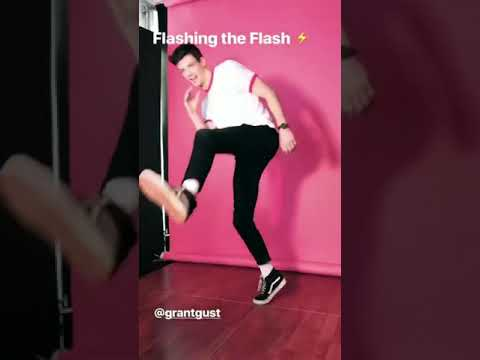 Grant Gustin And The Flash Cast Behind The Scenes At SDCC 2018