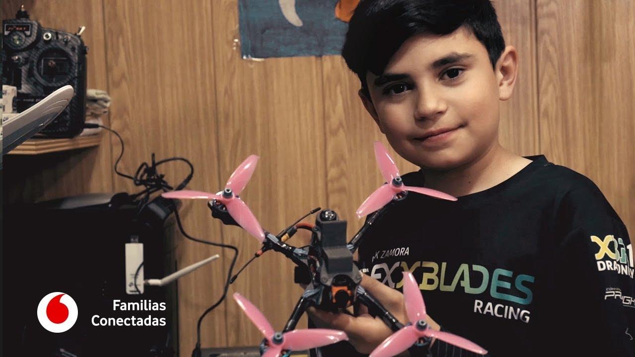 Un español de diez años, entre los mejores pilotos de drones del mundo #FamiliasConectadas