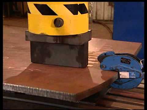 Nieland shipbuilding press - coldforming small panels