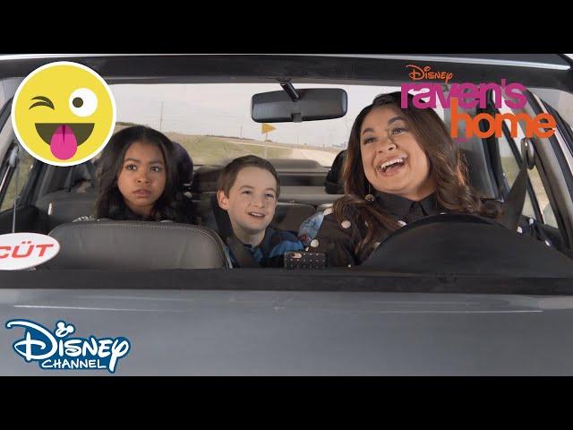 Raven's Home | Punkteret bil | Disney Channel Danmark