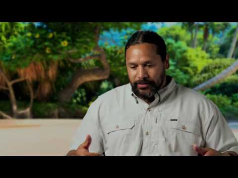 Moana: Troy Polamalu Behind the Scenes Movie Interview