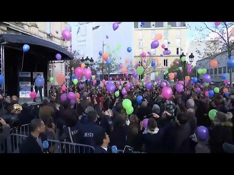 شاهد: بالونات في سماء عاصمة الأنوار في الذكرى الثالثة لهجمات باريس…  - نشر قبل 2 ساعة