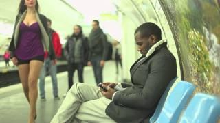 Repeat youtube video Qu'on arrête de faire chier les mecs dans le métro
