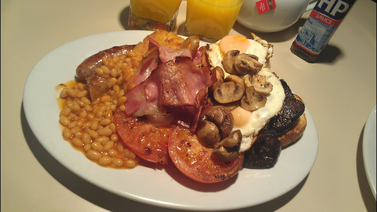 How To Cook A Full English Breakfast with Chef Neil ...