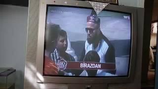 """Ahsen Tv Muhabiri """"Sen Olsan Ne yapardın"""" Programında"""