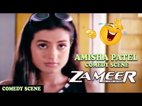 Amisha Patel Making Fun of Ajay Devgan In Class Room Comedy Scene   Zameer: The Fire Within